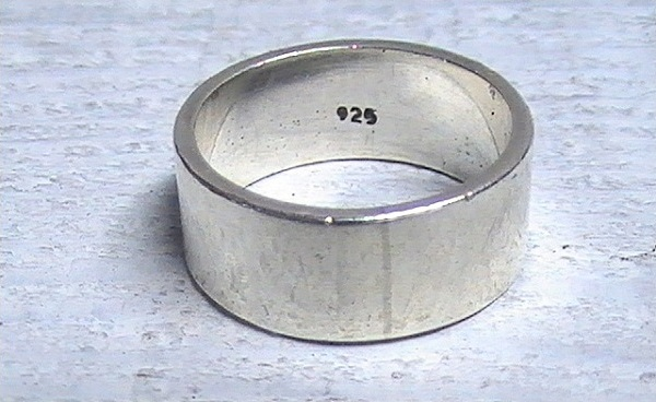 925 проба: позолоченное серебро. Цена за грамм в изделии   Золотая пчела